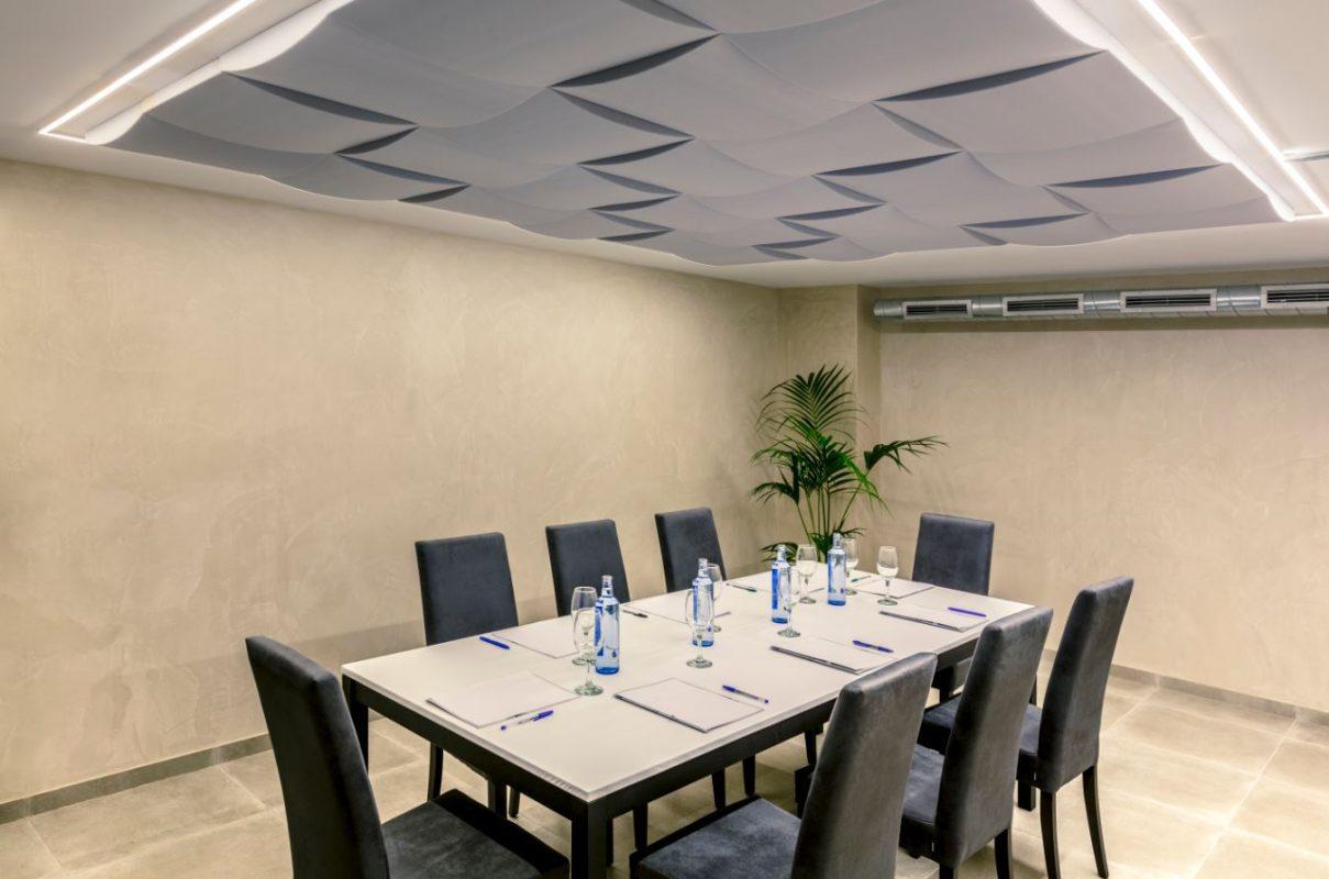 Paneles Acústicos Decorativos Sala de Reuniones