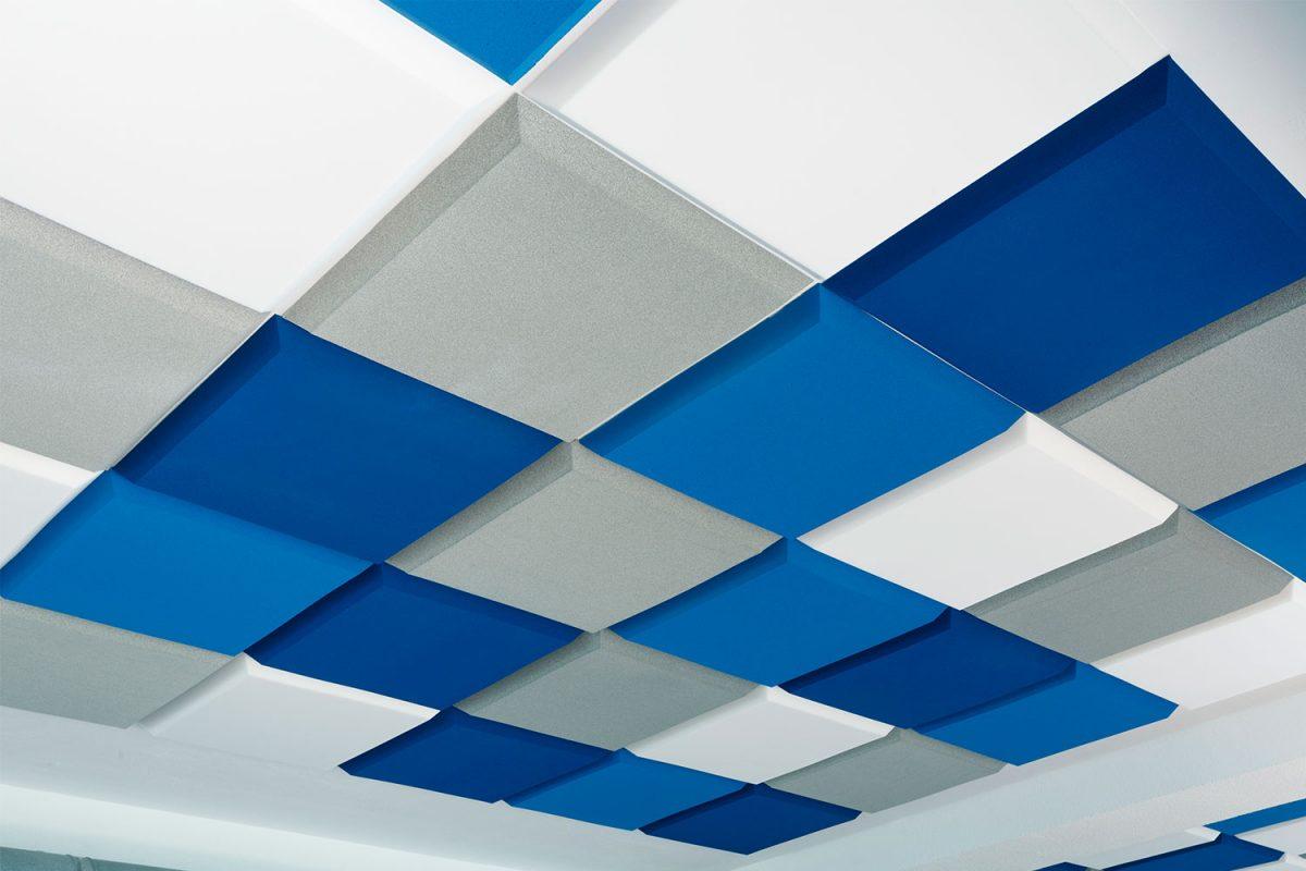 Paneles cuadrados con bisel, ejemplo de ideas de decoración y acústica - sineco.